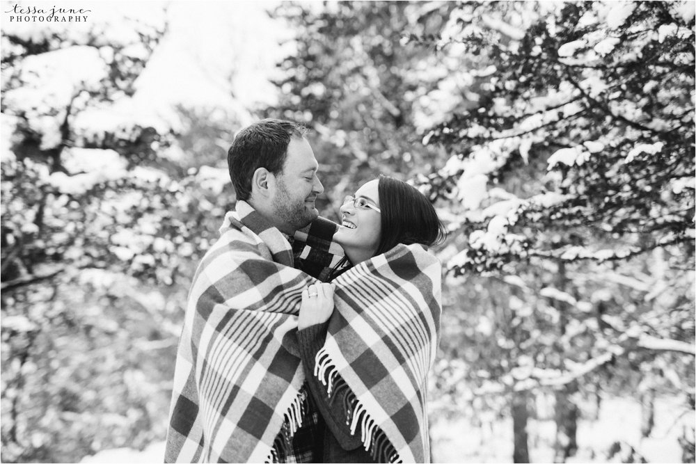 taylors-falls-winter-engagement-session-st-cloud-photographer-28.jpg