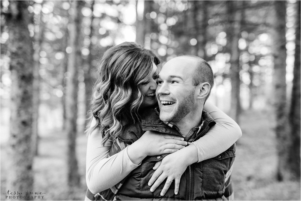 hansen-tree-farm-engagement-session-st-cloud-photographer