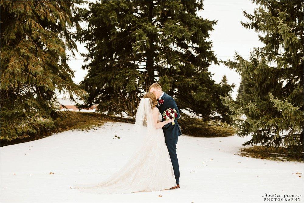 winter-wedding-in-eden-prairie-barn-minnesota-airplane-70.jpg
