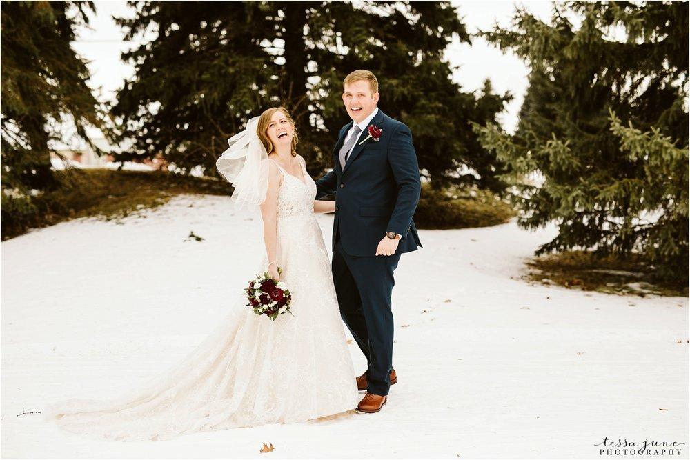 winter-wedding-in-eden-prairie-barn-minnesota-airplane-73.jpg