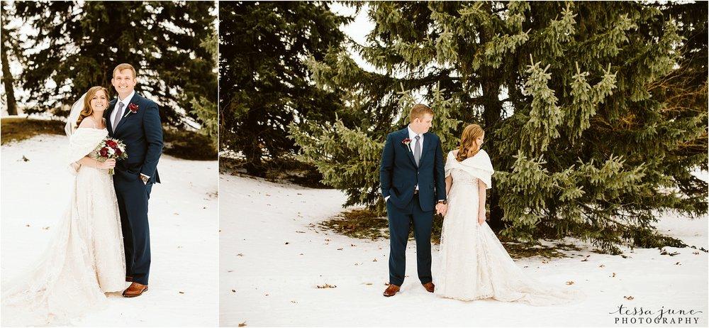 winter-wedding-in-eden-prairie-barn-minnesota-airplane-74.jpg