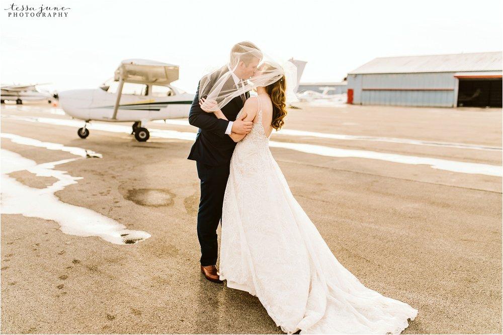 winter-wedding-in-eden-prairie-barn-minnesota-airplane-108.jpg