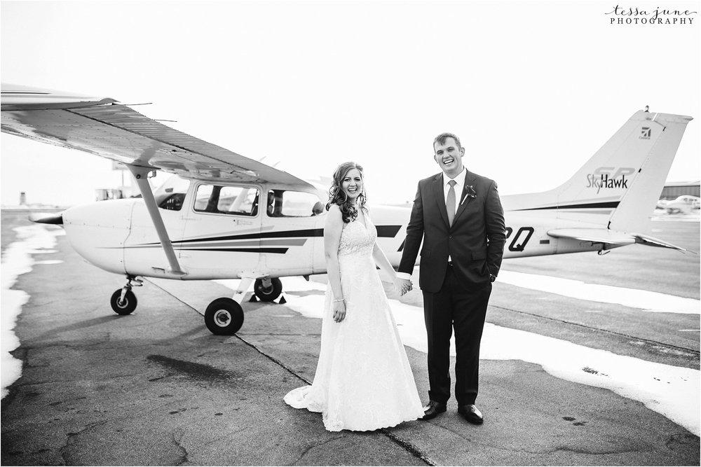 winter-wedding-in-eden-prairie-barn-minnesota-airplane-121.jpg