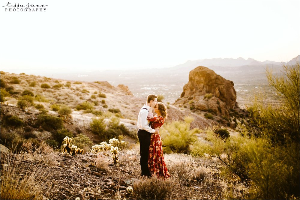 lost-dutchman-state-park-engagement-arizona-destination-photographer-phoenix-23.jpg