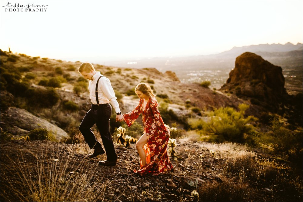 lost-dutchman-state-park-engagement-arizona-destination-photographer-phoenix-24.jpg