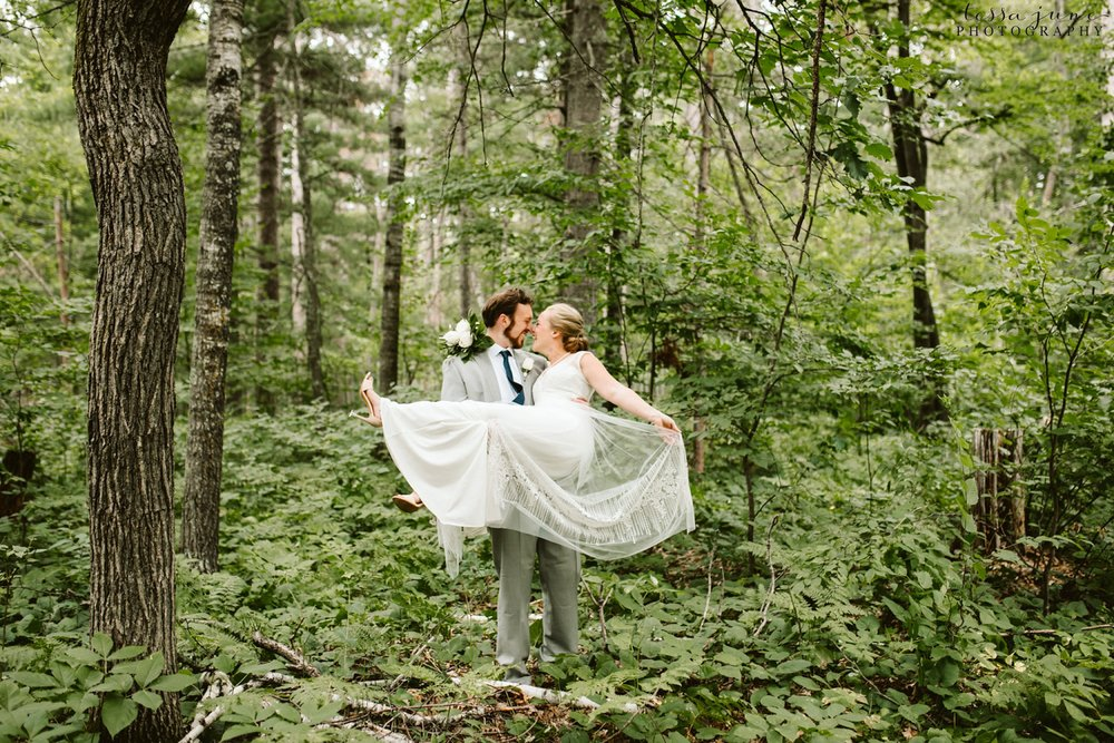 grandview-lodge-wedding-nisswa-minnesota-forest