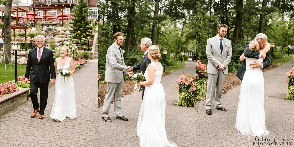 grandview-lodge-wedding-nisswa-minnesota-ceremony