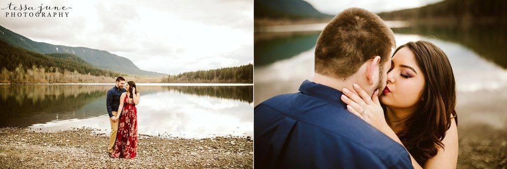 rattlesnake-lake-seattle-engagement-destination-photographer-44.jpg