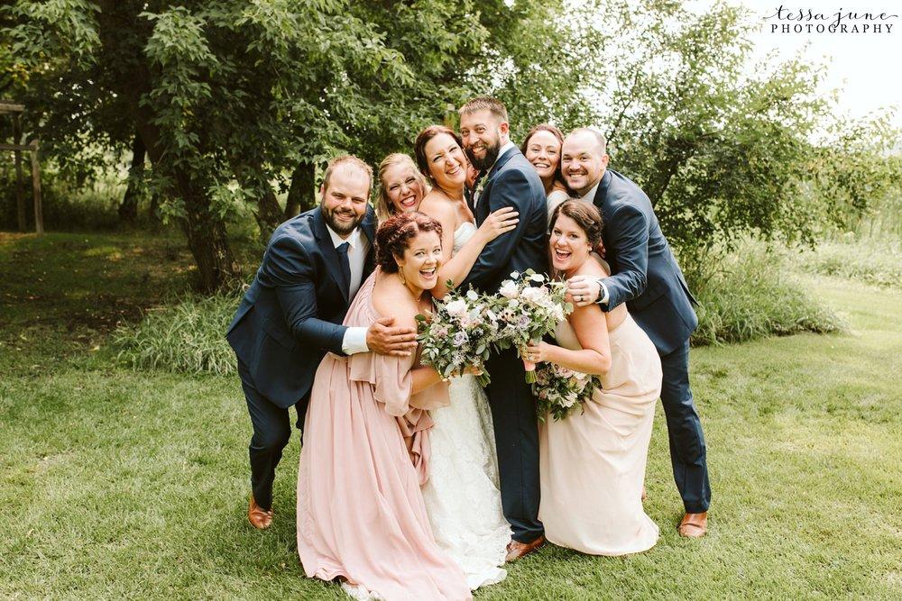 gathered-oaks-barn-wedding-alexandria-minnesota-6.jpg