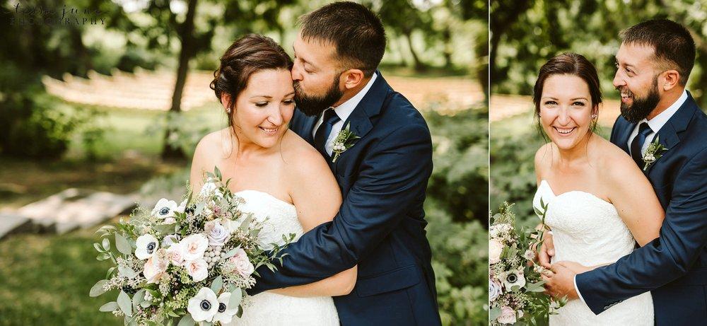 gathered-oaks-barn-wedding-alexandria-minnesota-43.jpg