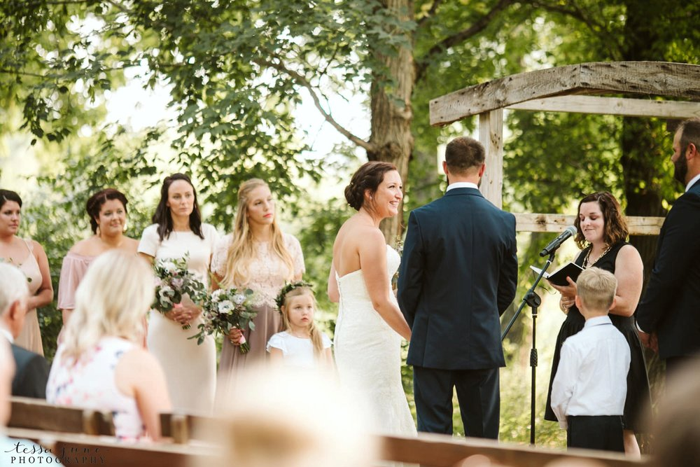 gathered-oaks-barn-wedding-alexandria-minnesota-70.jpg