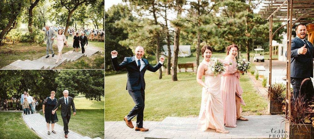 gathered-oaks-barn-wedding-alexandria-minnesota-77.jpg