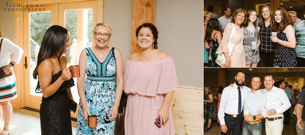 gathered-oaks-barn-wedding-alexandria-minnesota-159.jpg