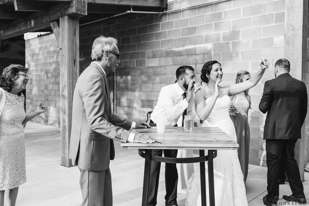 gathered-oaks-barn-wedding-alexandria-minnesota-164.jpg