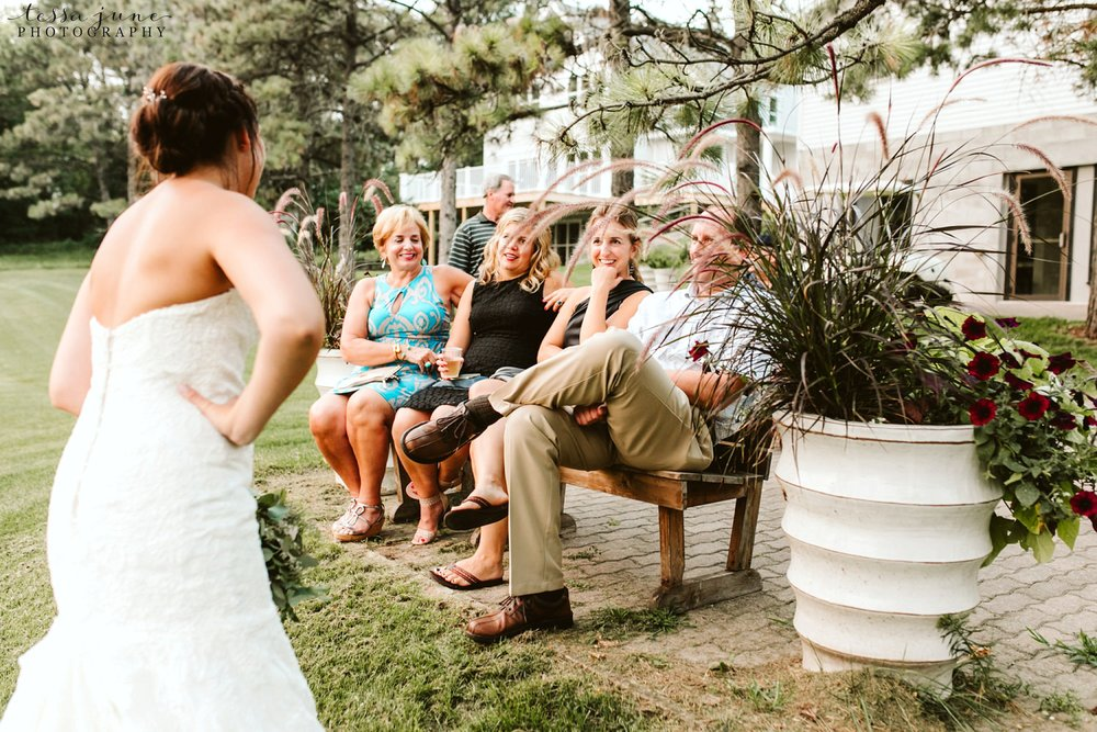 gathered-oaks-barn-wedding-alexandria-minnesota-195.jpg
