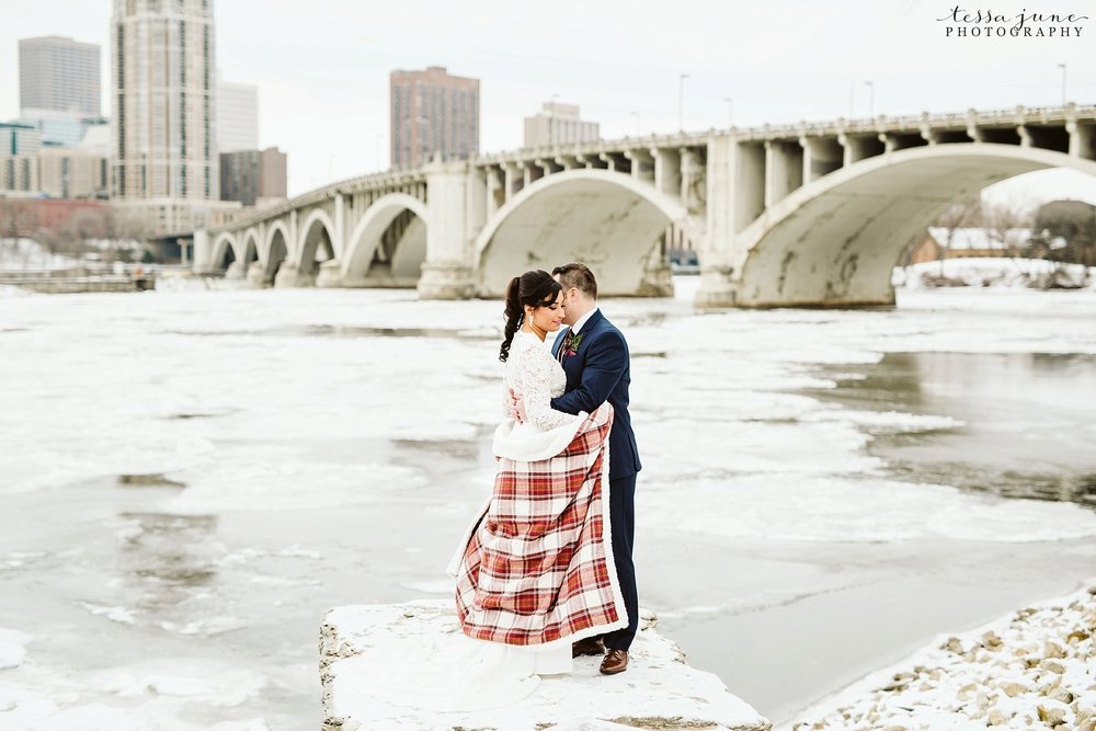 minneapolis-event-center-winter-romantic-snow-wedding-december-84.jpg