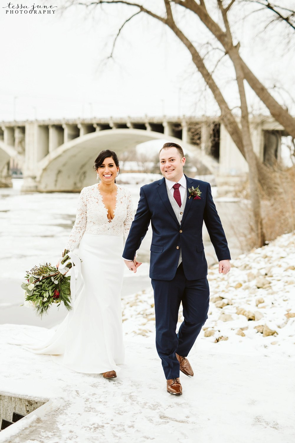 minneapolis-event-center-winter-romantic-snow-wedding-december-104.jpg