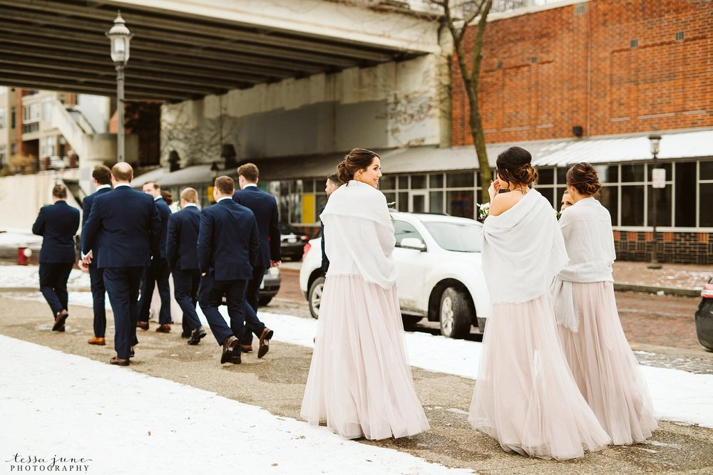 minneapolis-event-center-winter-romantic-snow-wedding-december-105.jpg