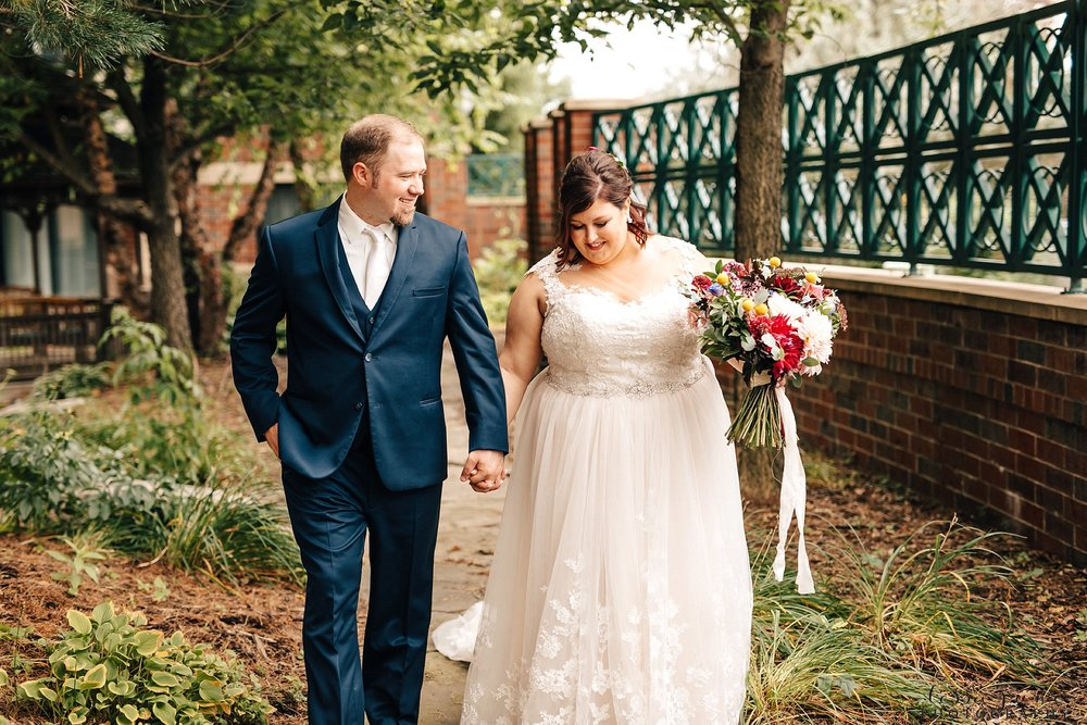 minneapolis-summer-wedding-at-silverwood-park-pristine-floral-35.jpg