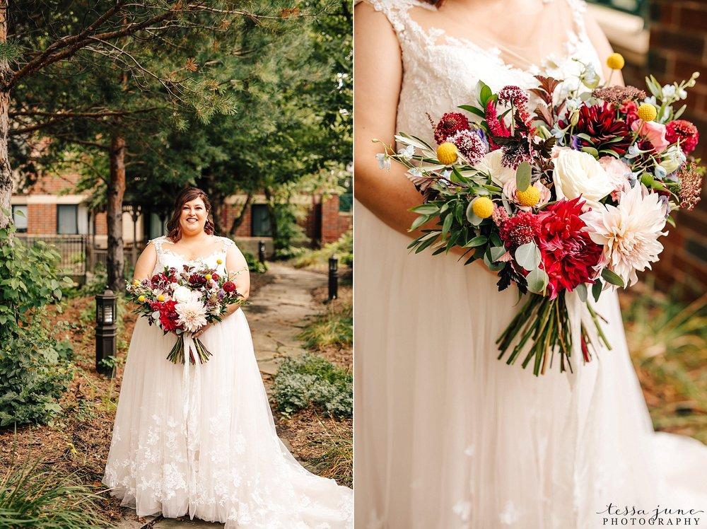 minneapolis-summer-wedding-at-silverwood-park-pristine-floral-37.jpg