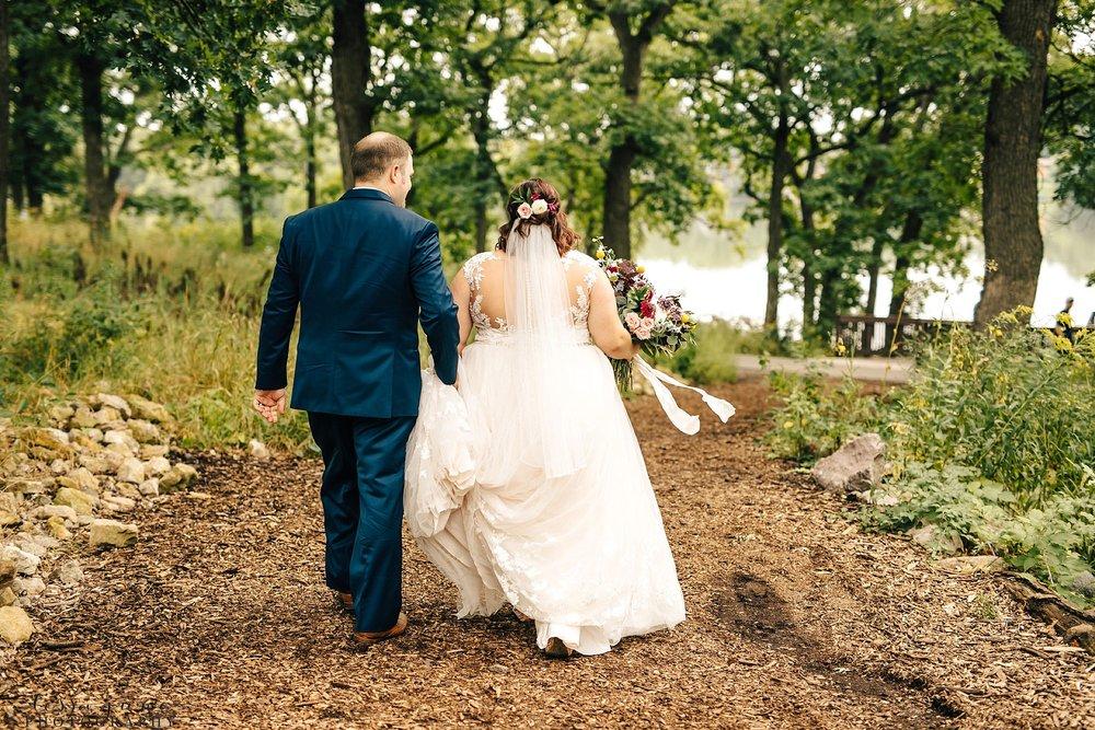minneapolis-summer-wedding-at-silverwood-park-pristine-floral-42.jpg