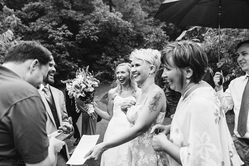 taylors-falls-rainy-elopement-wedding-interstate-state-park-76.jpg