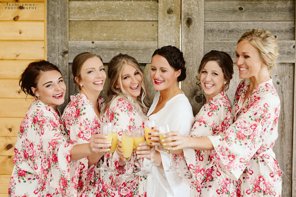 The-grands-at-mulligans-wedding-sartell-minnesota-spring-floral-spring-garden-wedding-30.jpg