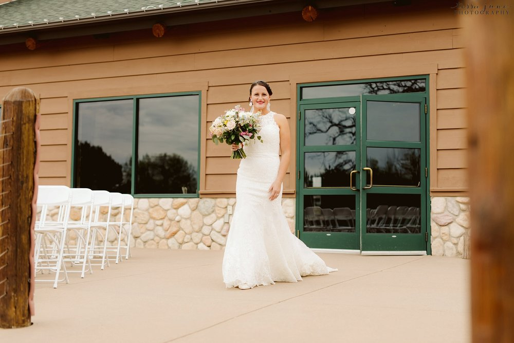The-grands-at-mulligans-wedding-sartell-minnesota-spring-floral-spring-garden-wedding-38.jpg