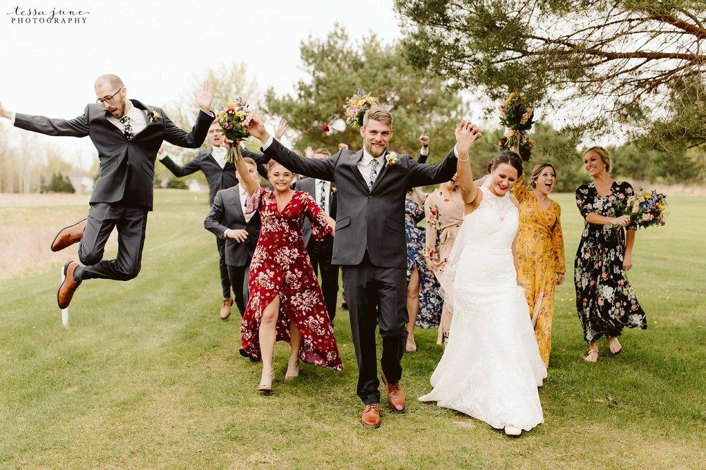 The-grands-at-mulligans-wedding-sartell-minnesota-spring-floral-spring-garden-wedding-67.jpg