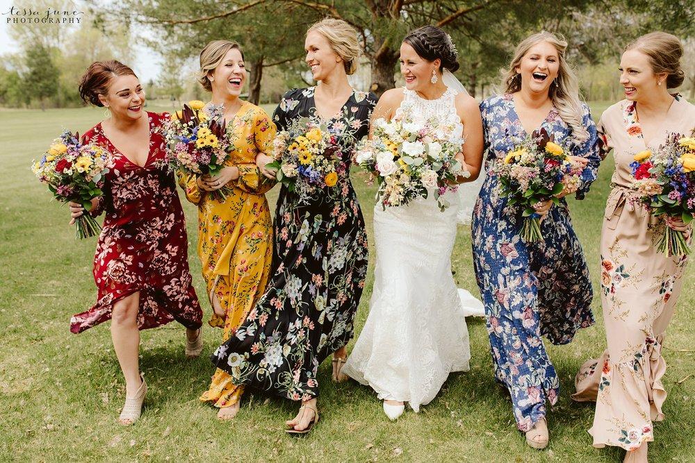 The-grands-at-mulligans-wedding-sartell-minnesota-spring-floral-spring-garden-wedding-76.jpg