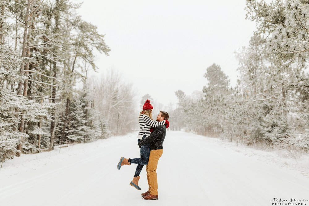 duluth-winter-engagement-forest-photos-during-snow-storm-37.jpg