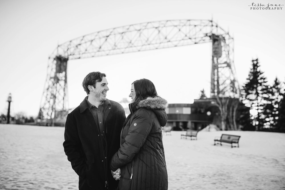 winter-duluth-engagement-at-park-pointe-snow-aly-alex-35.jpg