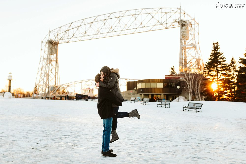 winter-duluth-engagement-at-park-pointe-snow-aly-alex-36.jpg
