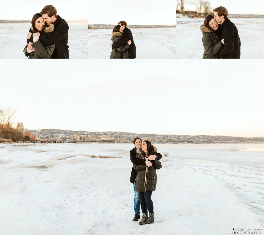 winter-duluth-engagement-at-park-pointe-snow-aly-alex-46.jpg