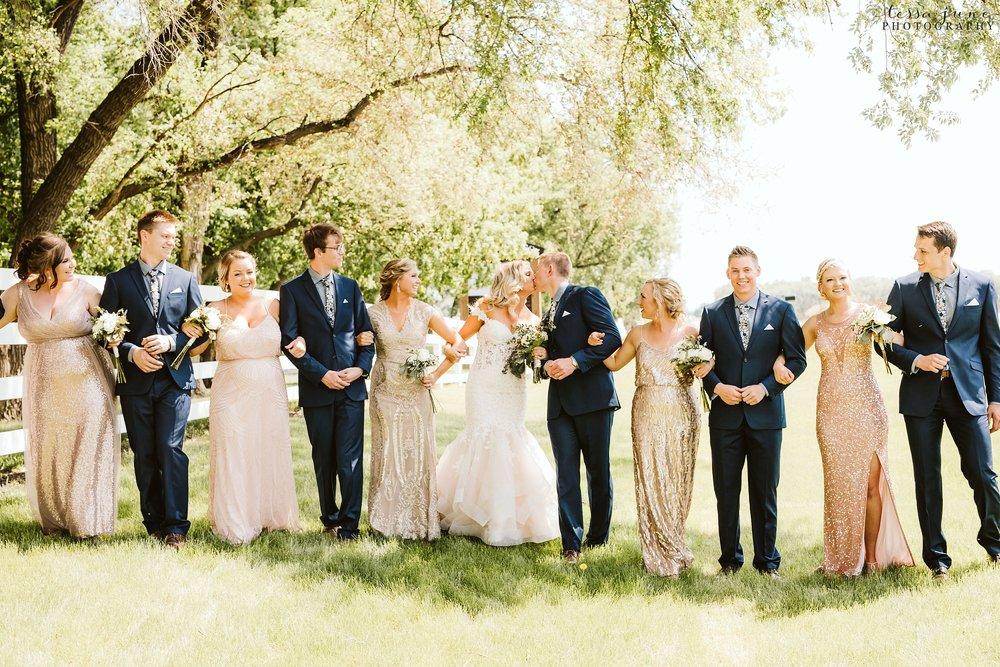 carlos-creek-winery-wedding-alexandria-minnesota-glam-elegant-floral-45.jpg