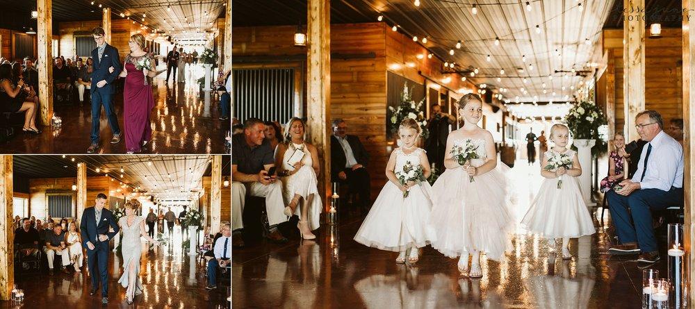 carlos-creek-winery-wedding-alexandria-minnesota-glam-elegant-floral-93.jpg