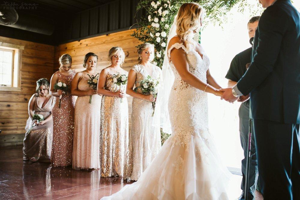 carlos-creek-winery-wedding-alexandria-minnesota-glam-elegant-floral-106.jpg