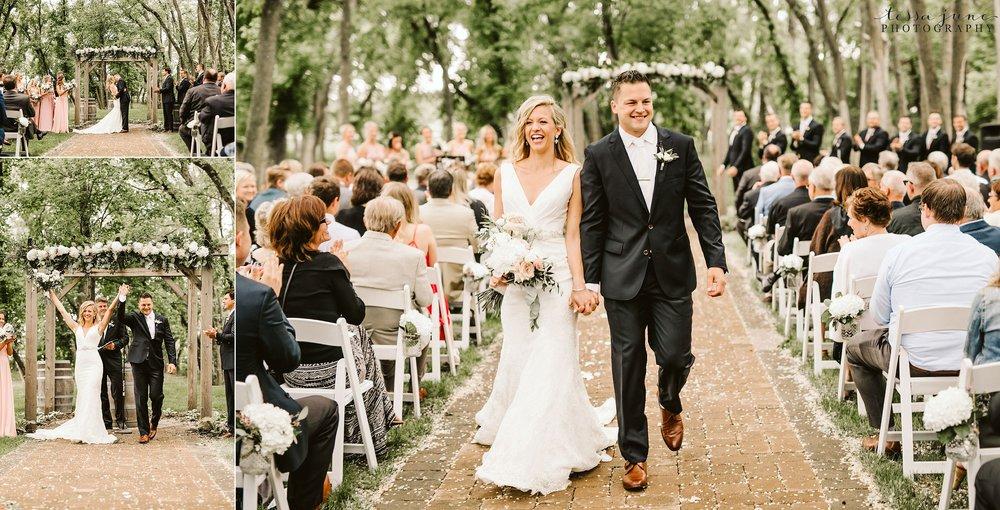 carlos-creek-winery-wedding-summer-pristine-floral-blush-pink-navy-alexandria-minnesota-122.jpg