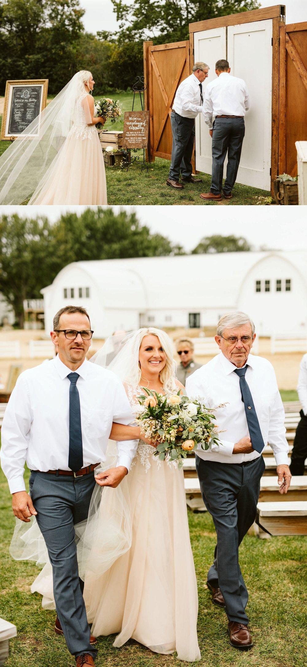 john-p-furber-farm-wedding-in-september-blush-and-coral-flowers-121.jpg