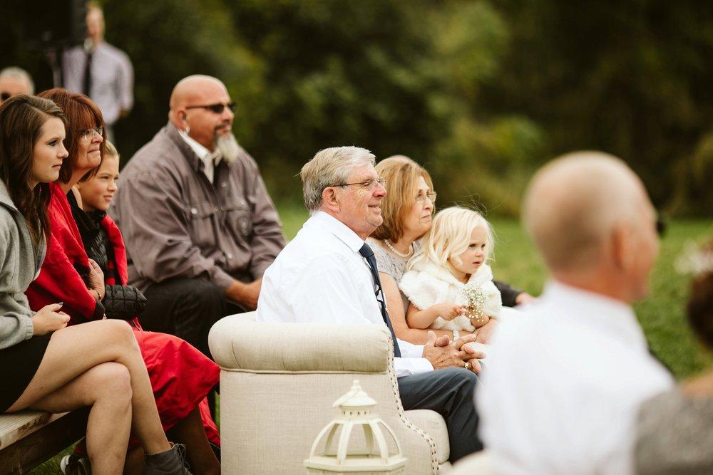 john-p-furber-farm-wedding-in-september-blush-and-coral-flowers-129.jpg
