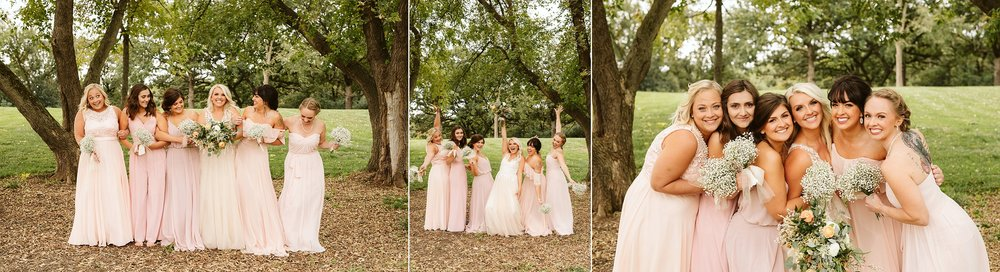 john-p-furber-farm-wedding-in-september-blush-and-coral-flowers-108.jpg