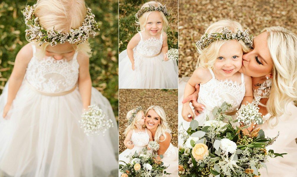 john-p-furber-farm-wedding-in-september-blush-and-coral-flowers-102.jpg
