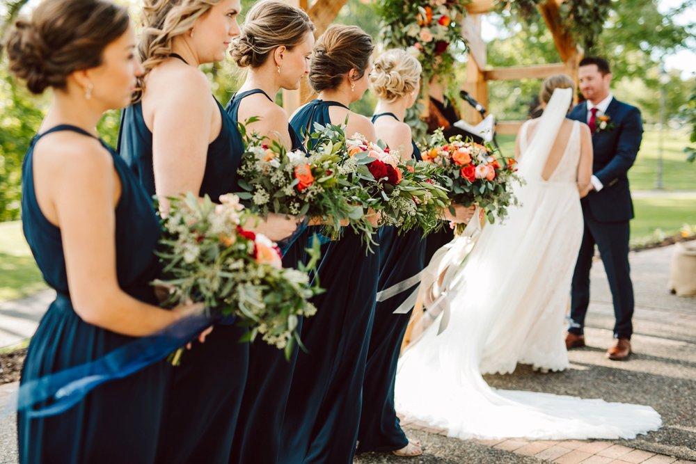 Nicollet-Island-Pavilion-Minneapolis-September-Coral-Navy-Wedding-103.jpg