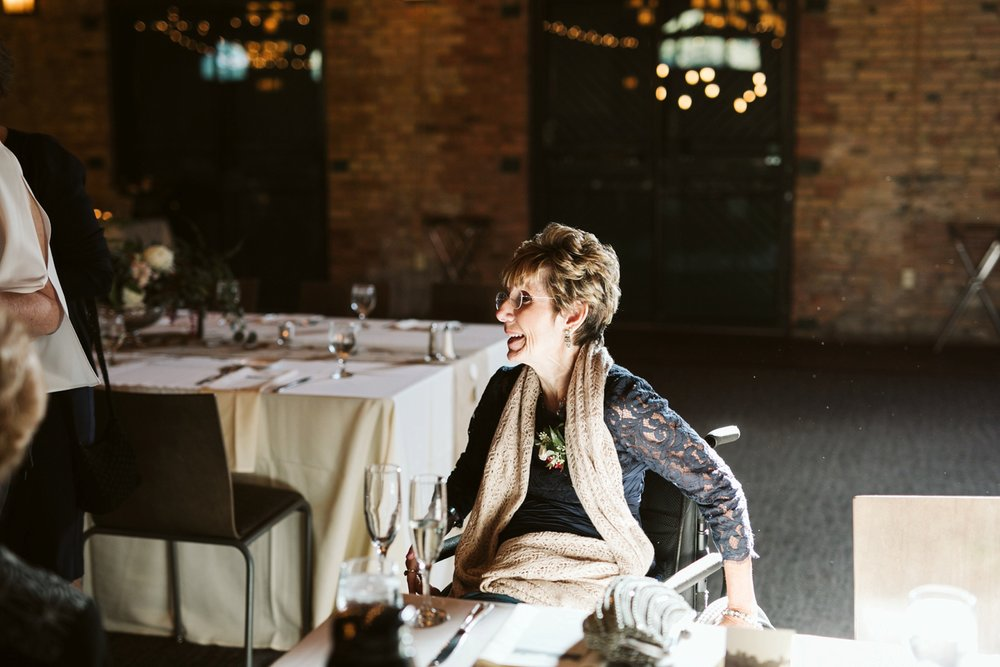 Nicollet-Island-Pavilion-Minneapolis-September-Coral-Navy-Wedding-129.jpg