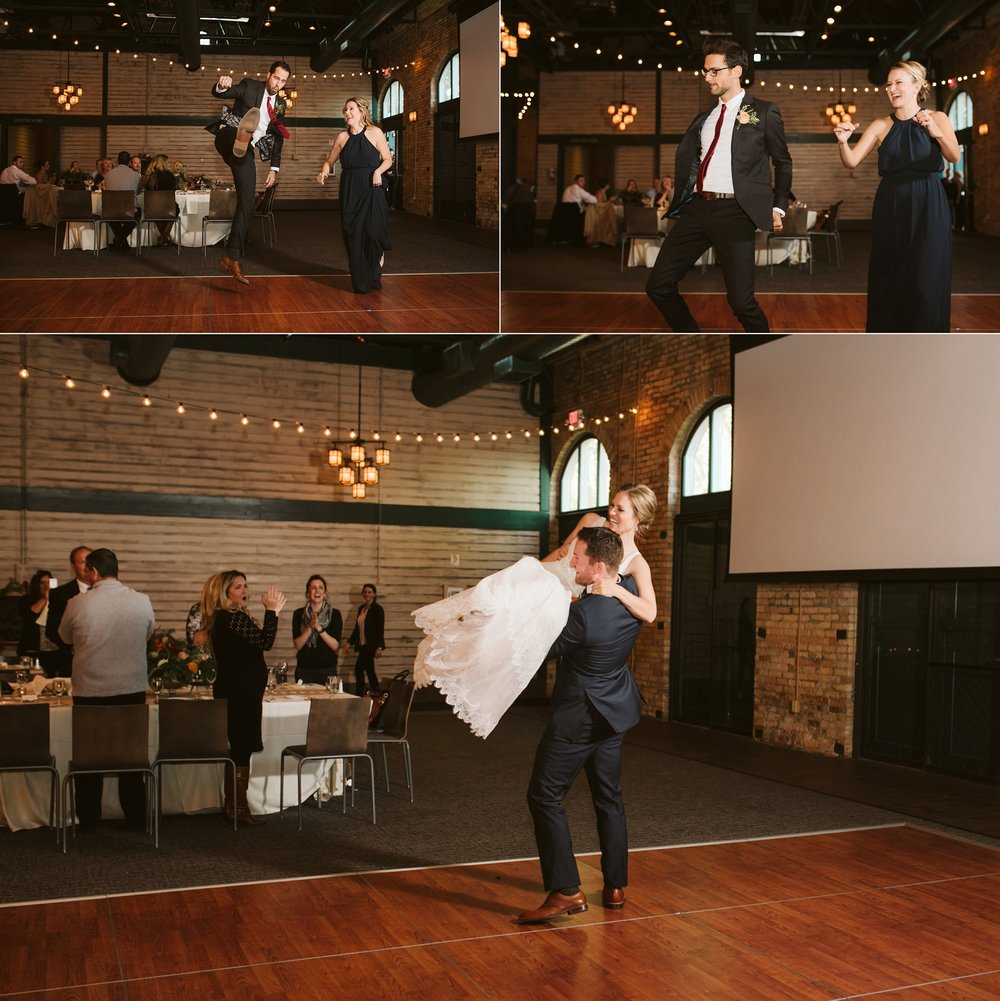 Nicollet-Island-Pavilion-Minneapolis-September-Coral-Navy-Wedding-134.jpg
