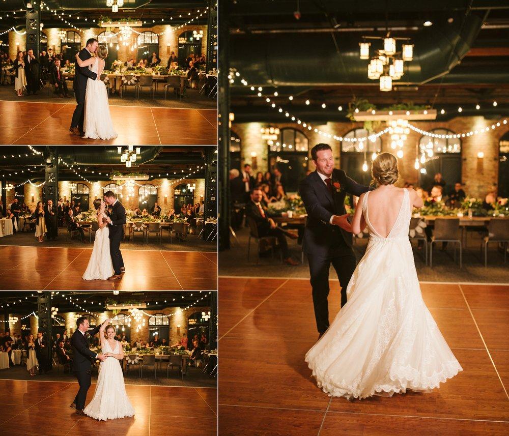 Nicollet-Island-Pavilion-Minneapolis-September-Coral-Navy-Wedding-165.jpg