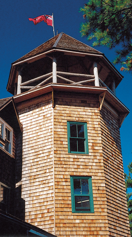 The Ojibway's tower, designed by Rochester architect Claude Bragdon and completed in 1913, had the largest rooms and boasted private bathrooms.