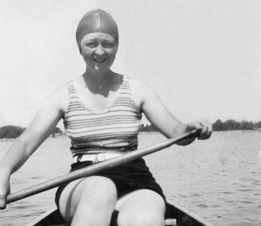Women's doubles were just one of the many canoe races.