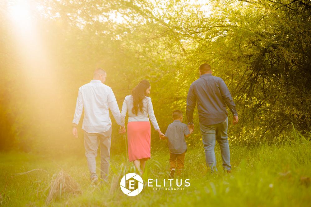 chris+vanessa-elitusphotos-family (68 of 123).jpg