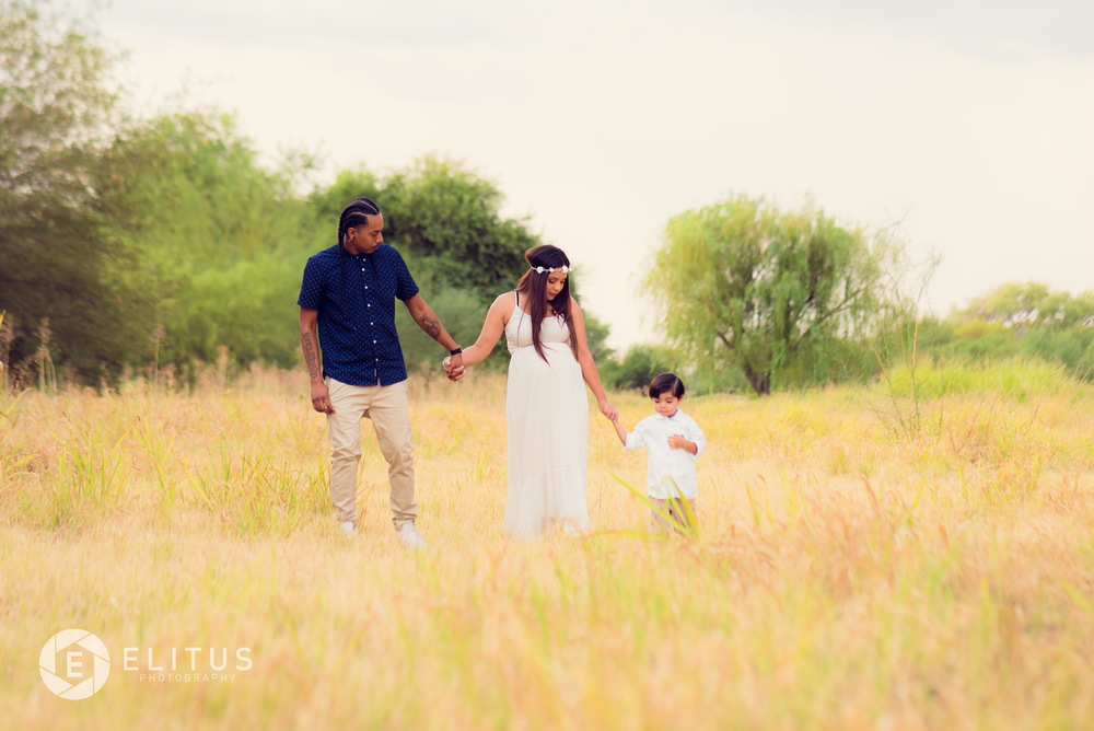 elitusphotography-ramirez-maternity (18 of 23).jpg